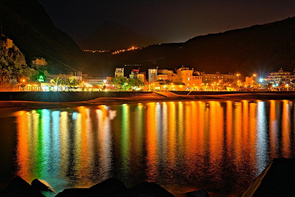Puerto de Tazacorte bei Nacht, La Palma