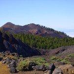 Im Hintergrund der Deseada Doppelgipfel,La Palma,Wandern,