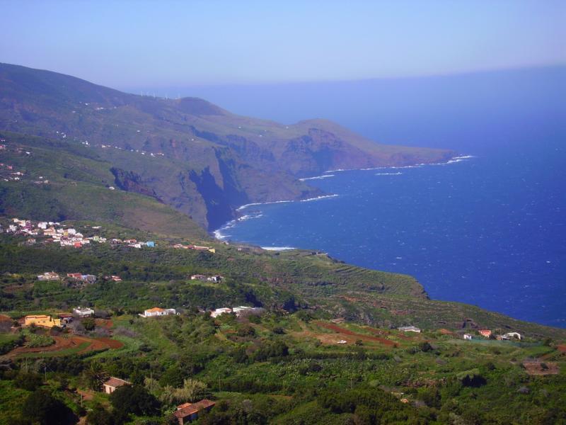 La-Palma-Wandern-Ausblick-zur-Nordküste-von-La-Palma
