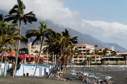 La-Palma-Urlaub-am-Strand-von-Puerto-Naos.