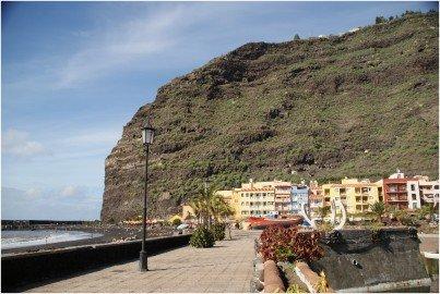 La-Palma-Strände-Puerto-de-Tazacorte-mit-Strand