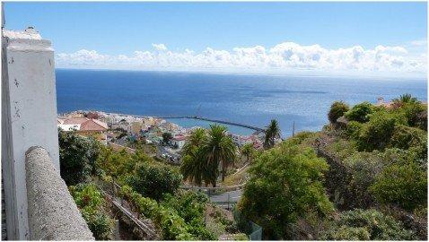 La Palma Wandern-Ausblick auf dieBaustelle des neuen Stadtstrandes von Santa Cruz de La Palma