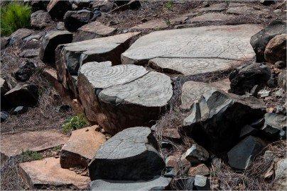 Felszeichnungen am Fuß des Bejenados ein Berg bei El Paso auf La Palma
