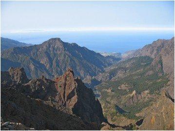 La Palma Wanderungen-Einblick in den Nationalpark vom Pico de la Cruz