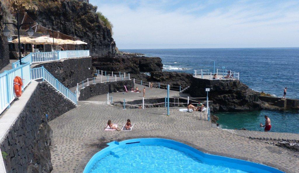 La Palma Charco Azul ein Überblick  über das Meerschwimmbecken