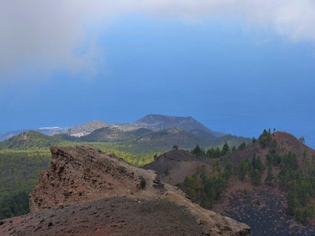 Vulkantour-La-Palma-Ausblick-vom-Volcan-Martin