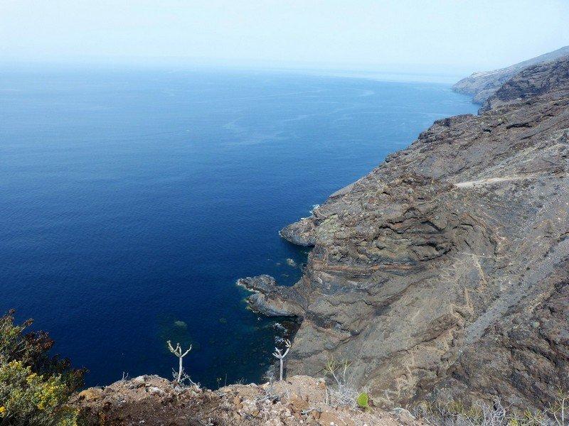 La Palma Wandern_auf dem Wdurchquert wirdde Juardo.