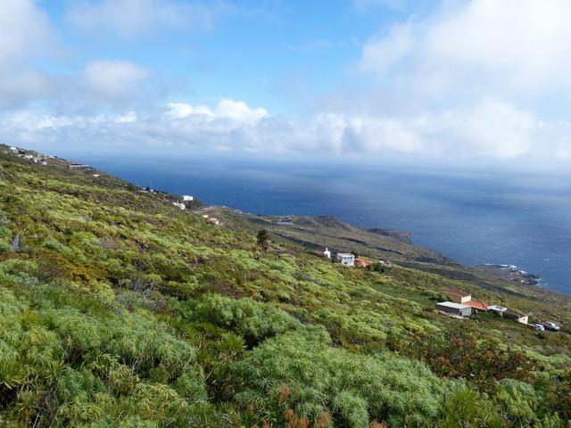 La Palma Wandern, Blick vom Wasserkanal Richtung Küste